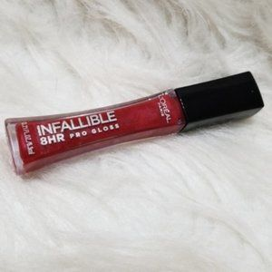 L'Oreal Infallible 8HR Pro Gloss in Rebel Red